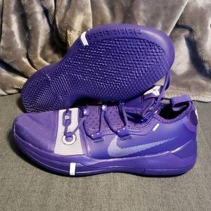 Nike Kobe AD Exodus TB size 11 nwob